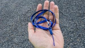 Šňůrka na mobil 8mm barva modrá
